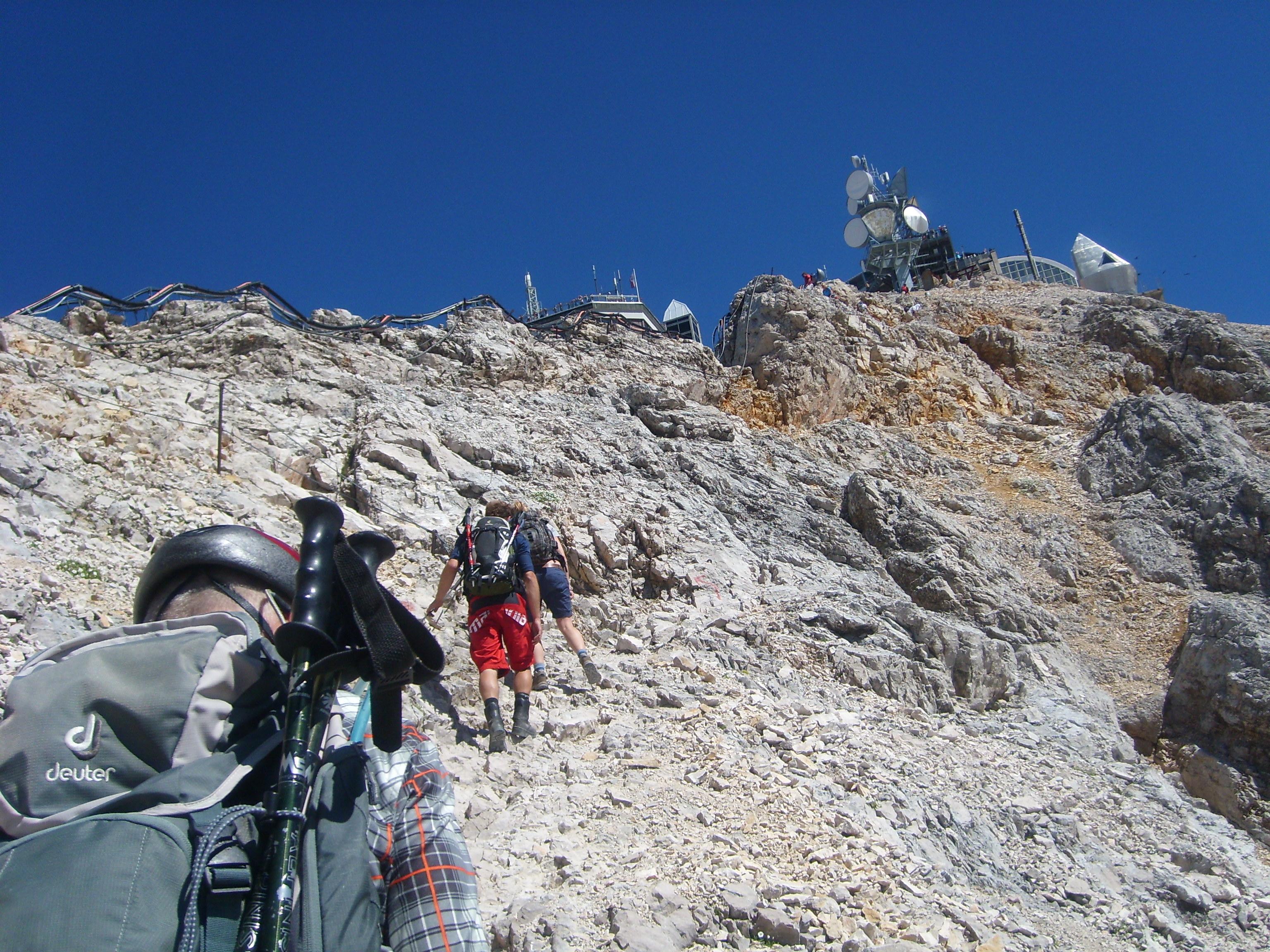 Klettersteig Zugspitze Stopselzieher : Auf die zugspitze über den klettersteig u cstopselzieher